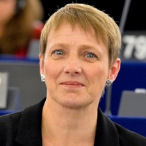'Will EU content directive lead to backdoor internet censorship?'